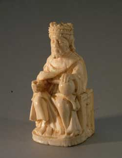 Elfenbeinfigur Thronender König