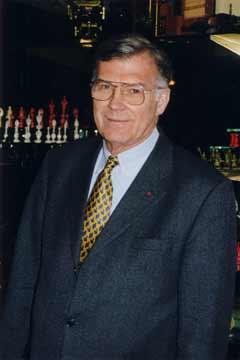 Dr. Thomas Thomsen
